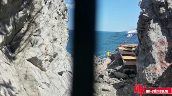 В Крыму сломался разрекламированный мост