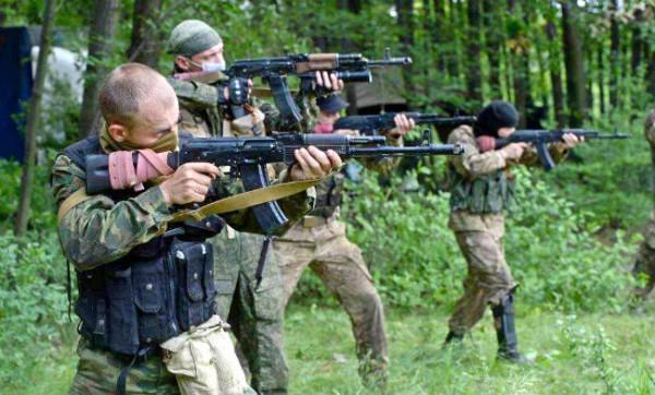 Информаторы в течение 10 месяцев передавали сотрудничали с боевиками