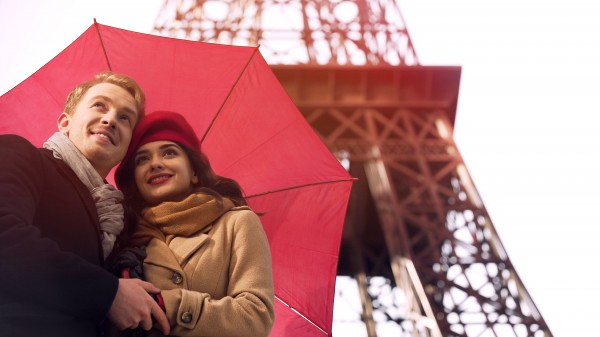 Атмосфера Парижа очень романтична