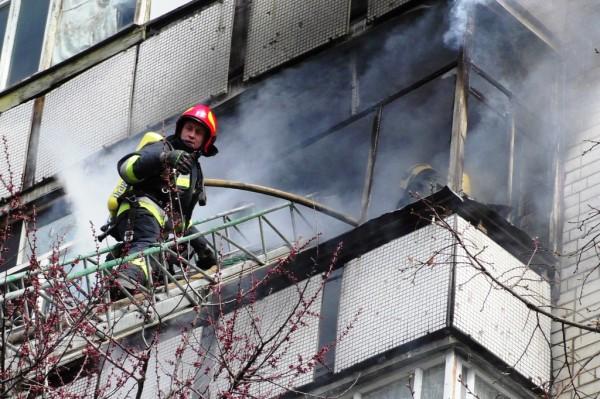 Задействовали 4 единицы техники для ликвидации огня
