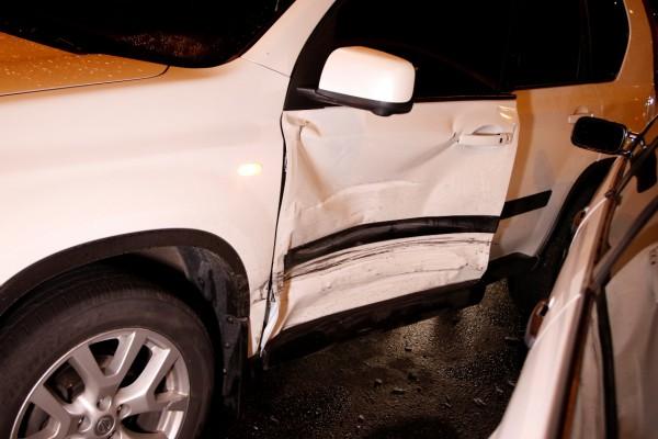 Автомобиль поврежден