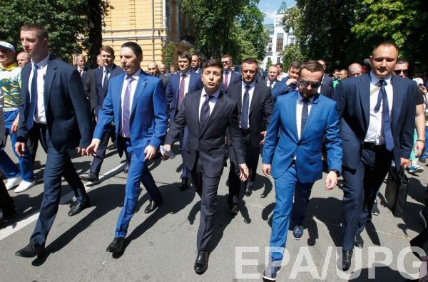 Украинцы выбрали себе Президента, который разбирается в политике и экономике примерно на их уровне