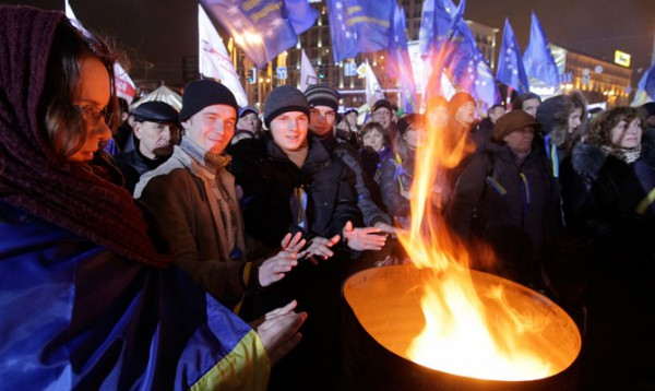 Митингующие на Евромайдане