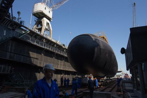 Лодка, над которой он работал, могла дать новые возможности и в судостроении, и в работе нефтяных и газовых компаний
