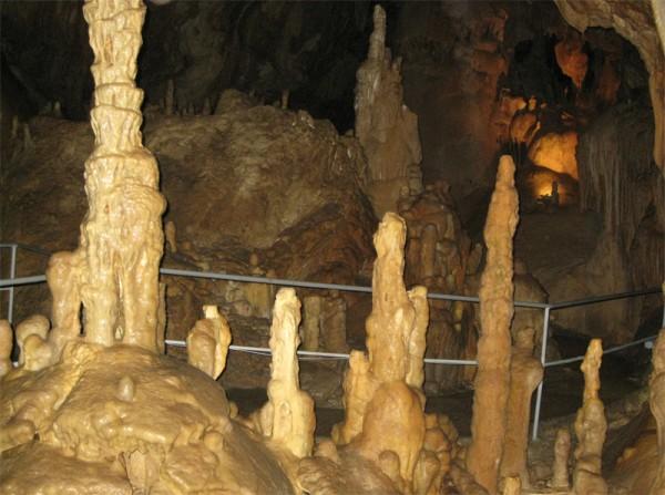 Гипсовая пещера