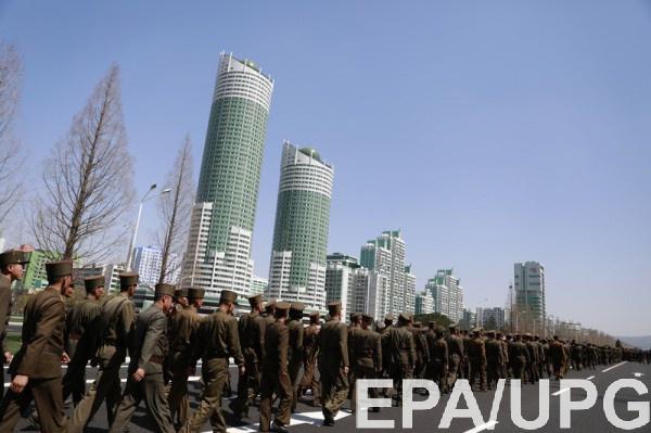 Пхеньян, КНДР 13 и 14 апреля. Мероприятия в честь открытия нового жилого комплекса и будни корейцев.