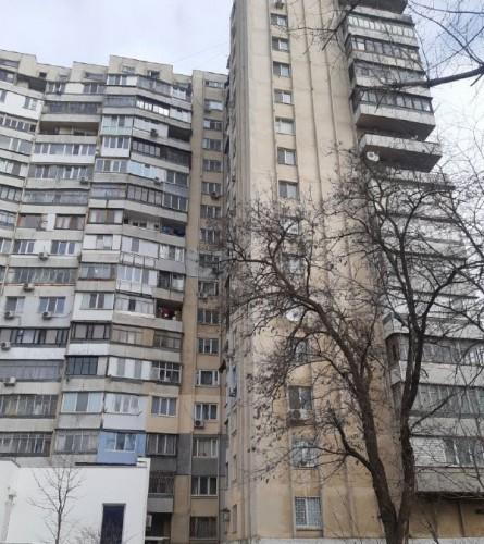 В Одессе молодой парень покончил с собой