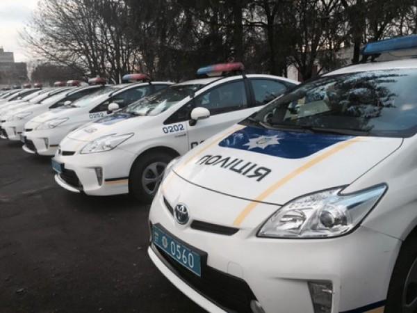 Новенькие автомобили украинских патрульных страдают не только в ДТП