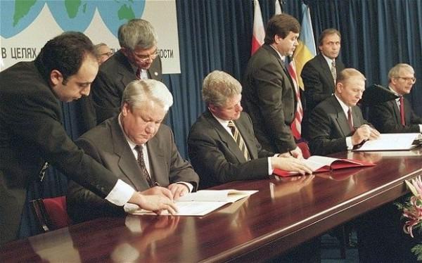 Будапештский меморандум главы России, США, Украины и Великобритании подписали в 1994 году