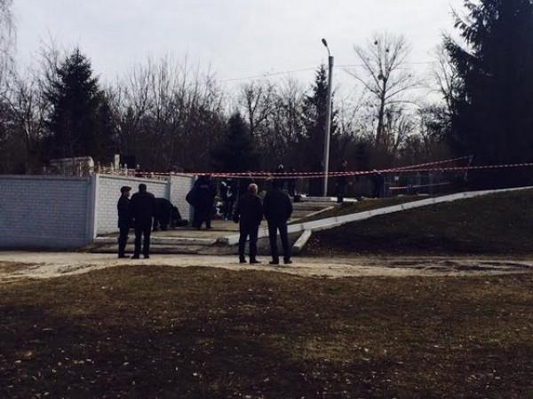 Демента убили на кладбище