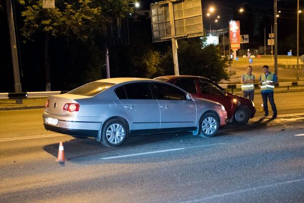 Два авто получили серьезные повреждения