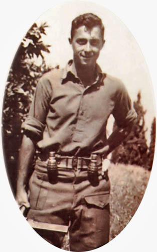 Ариэль Шарон во время службы в армии.