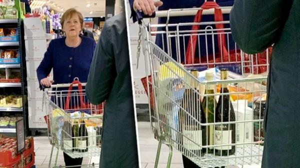 Меркель в супермаркете Берлина