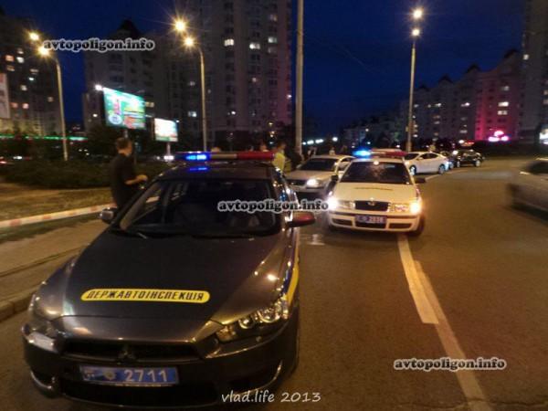Угнанный BMW нашли примерно через 3 часа после нападения
