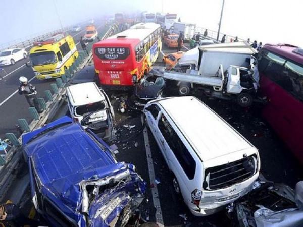 В ДТП погибли не менее 20 человек