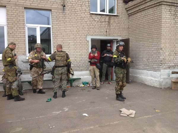 СБУ задержала чиновницу, руководившую террористической ячейкой на Луганщине - Цензор.НЕТ 8145