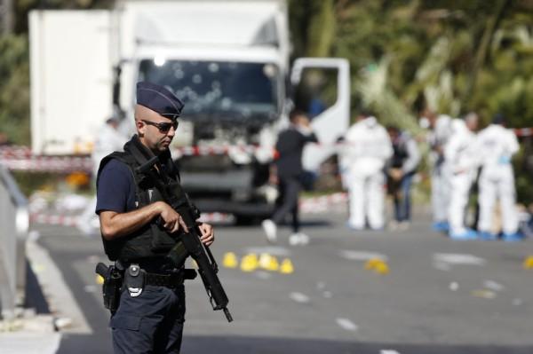 Террорист перед терактом отправил семье деньги