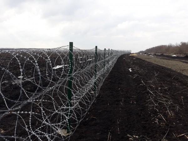 Стену планируют строить на границе с РФ в Черниговской,  Харьковской, Луганской и Сумской областях