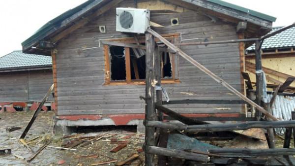 Под Мариуполем обстреляли Виноградное: повреждены 4 жилых дома игазопровод