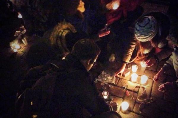 http://news.bigmir.net/ukraine/778321-Maidan-onlain-translyaciya-s-Mihailovskoi-ploshadi