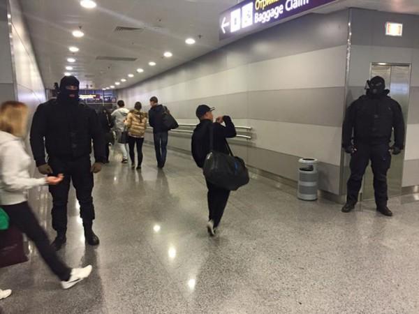 Спецназ в аэропорту