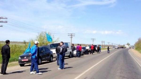 Крымские татары едут голосовать на выборах 2014 в Херсонскую область