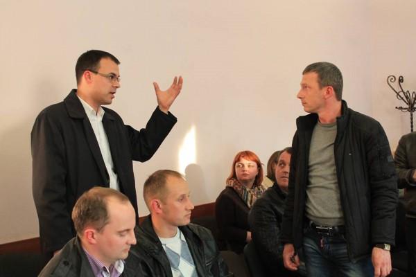 Встреча жителей Брюховичей с представителями Львовской железной дороги