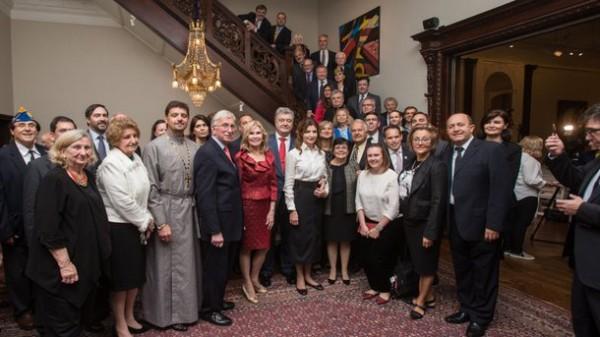 Президента Украины поздравили с 53-летием в украинской общине США
