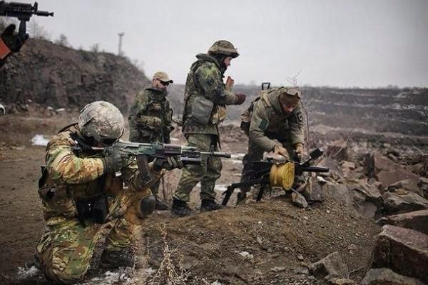 Позиции военных обстреливали из минометов