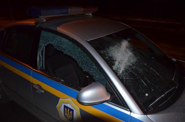 В Житомире неизвестные напали на патруль ГАИ
