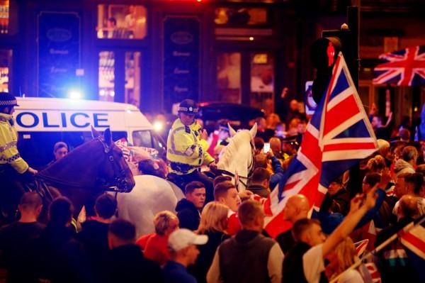 Столкновения в Глазго после шотландского референдума