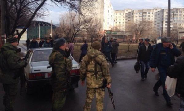 Луганск обстреляли боевики