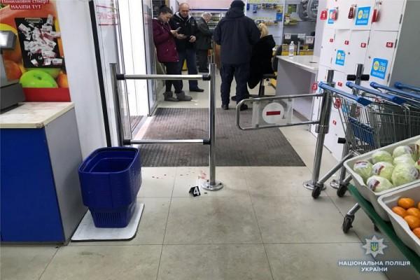 Охранник магазина вмешался в конфликт