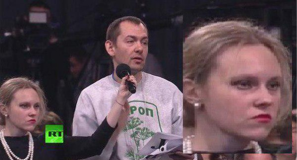 Украинский журналист задает вопрос о российских военных и Савченко.