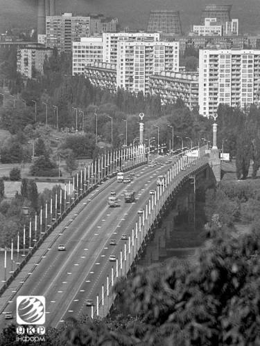 Мост имени Патона в Киеве. 1994 год.