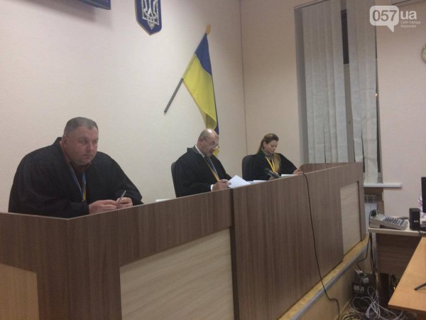 Судьи отказали отпустить Дронова