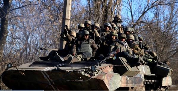 Войска выходят из Дебальцево