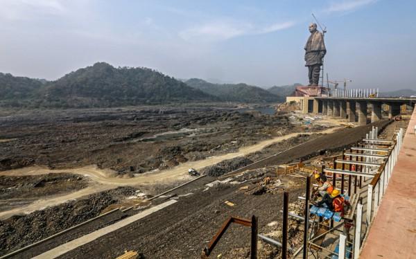 Монумент обошелся в 430 миллионов долларов