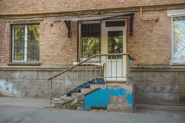 Хостел, где обнаружили труп - подпольный