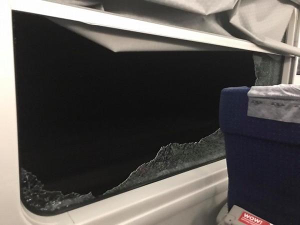Пассажиров пересадили в другой вагон