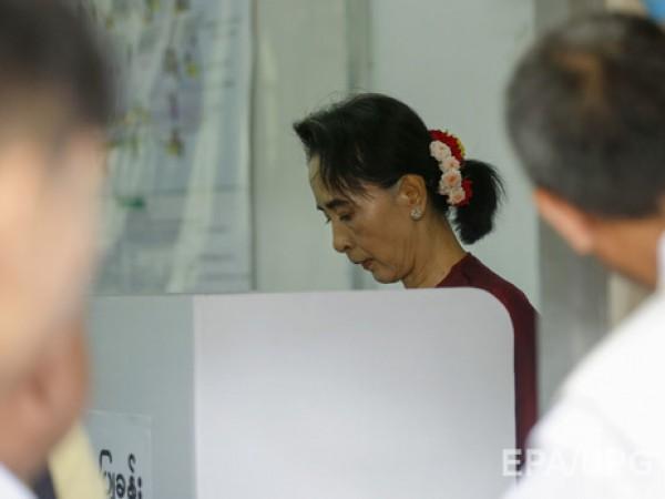 Миллионы граждан  Мьянмы делают исторический выбор