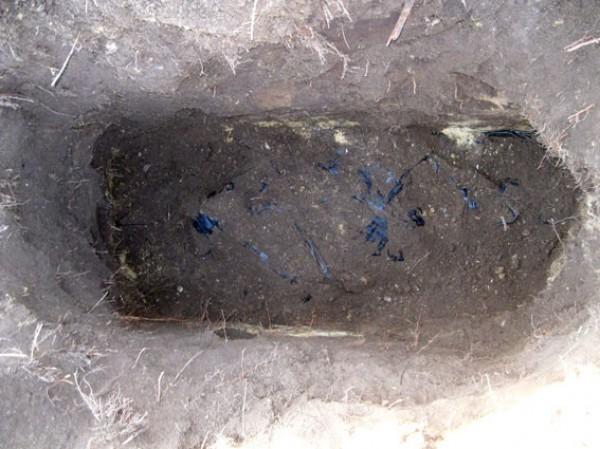 Захоронения неизвестных в камуфляже