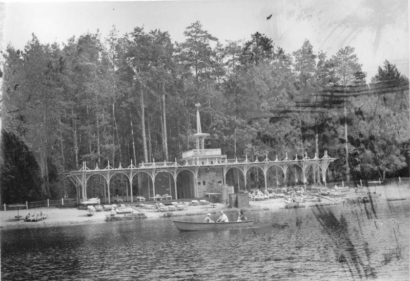 1974. Пляжи на озерах в Пуще-Водице