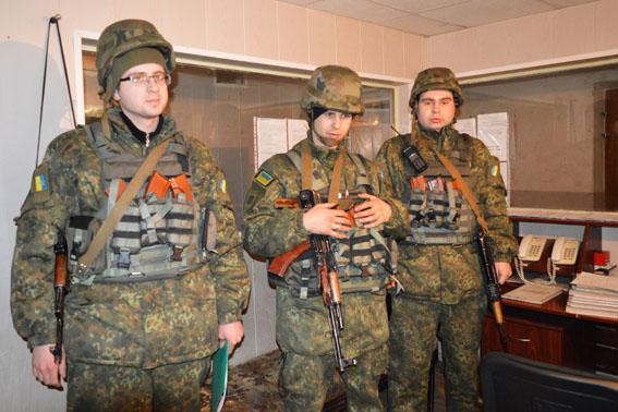 Вобстреливаемую Авдеевку направлен дополнительный отряд милиции