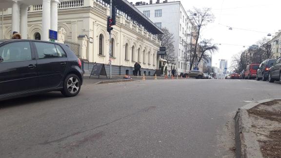 В Киеве у ресторана Мario, где убили ребенка, ждут киллеров на эксперимент