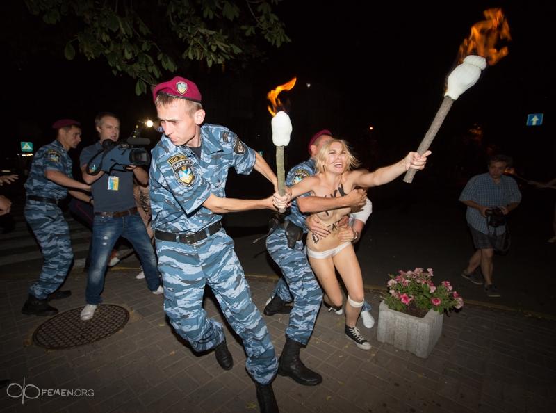 девушки из белоруссии голые видео