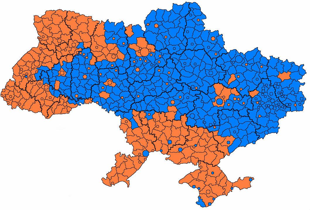 Где живут молодежь и пенсионеры. Оранжевый - преобладает население от 0 до 14 лет, синий - от 65 лет