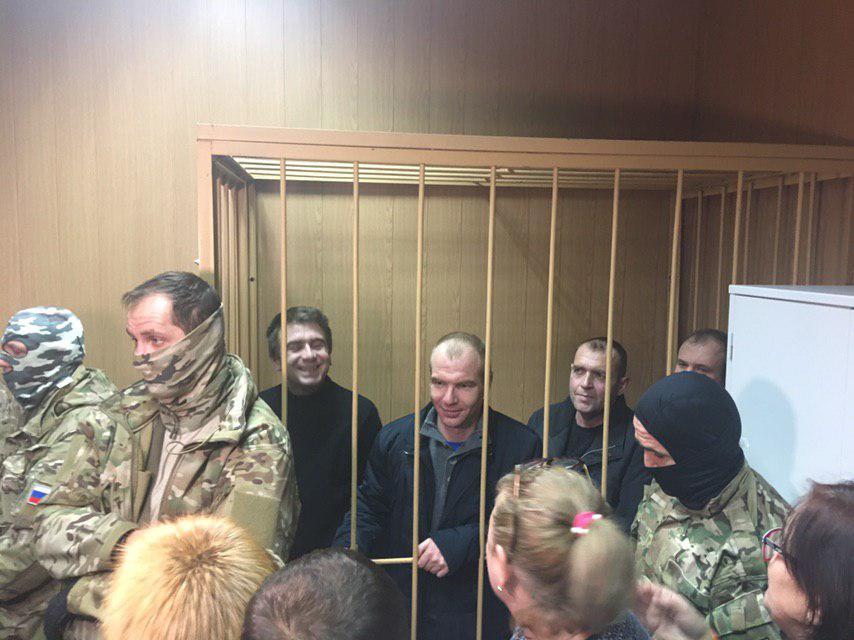Суд над украинскими моряками смогли завершить только сегодня
