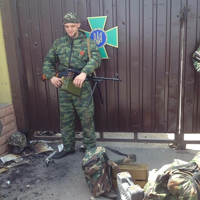Террористы взяли под контроль погранзаставу в Луганске