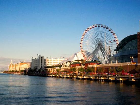 Колесо обозрения Navy Pier в Чикаго